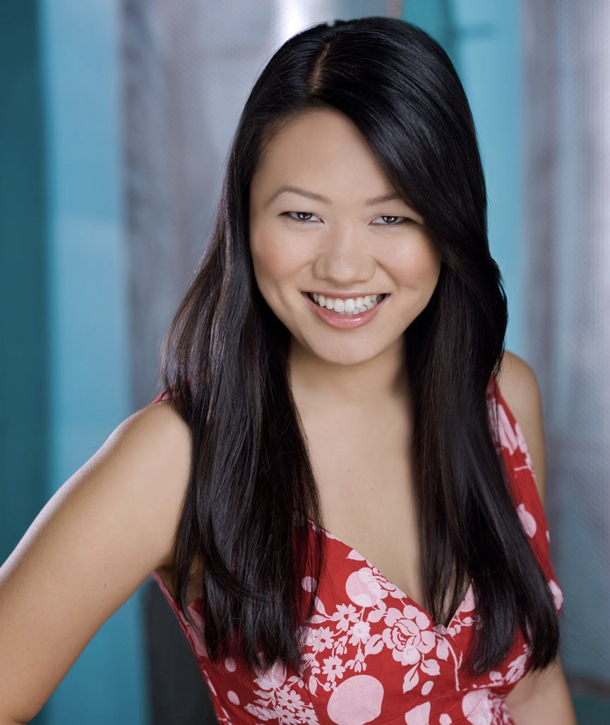 Stephanie Jung (Rose)