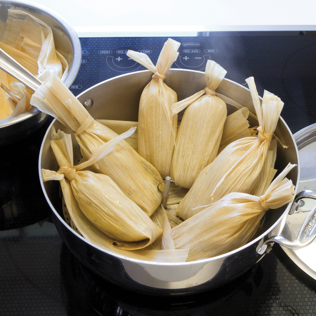 trad_Step-5.-About-to-steam-Tamales1.jpg