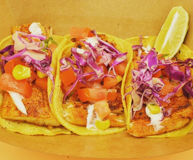 🎣 Fish Tacos made from my heart ❤️ BLACKENED #mahimahi #fishtacos to be exact #wecater #thetropictruck #caribbeanfood