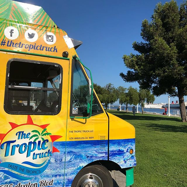 Come find us for #nightdive @aquariumpacific #thetropictruck #caribbeanfood #longbeach