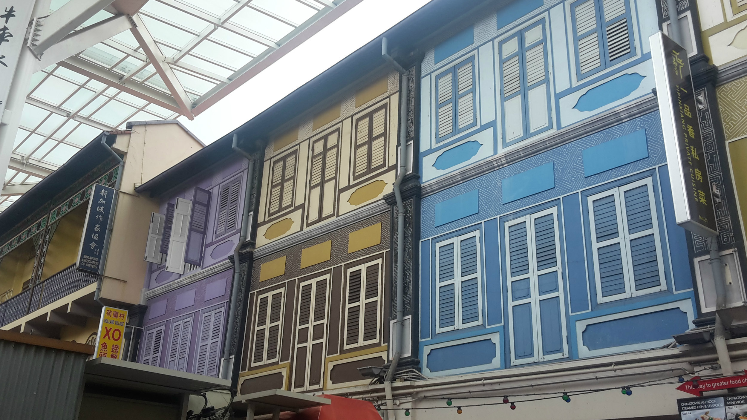 Colourful building fronts, Chinatown Singapore