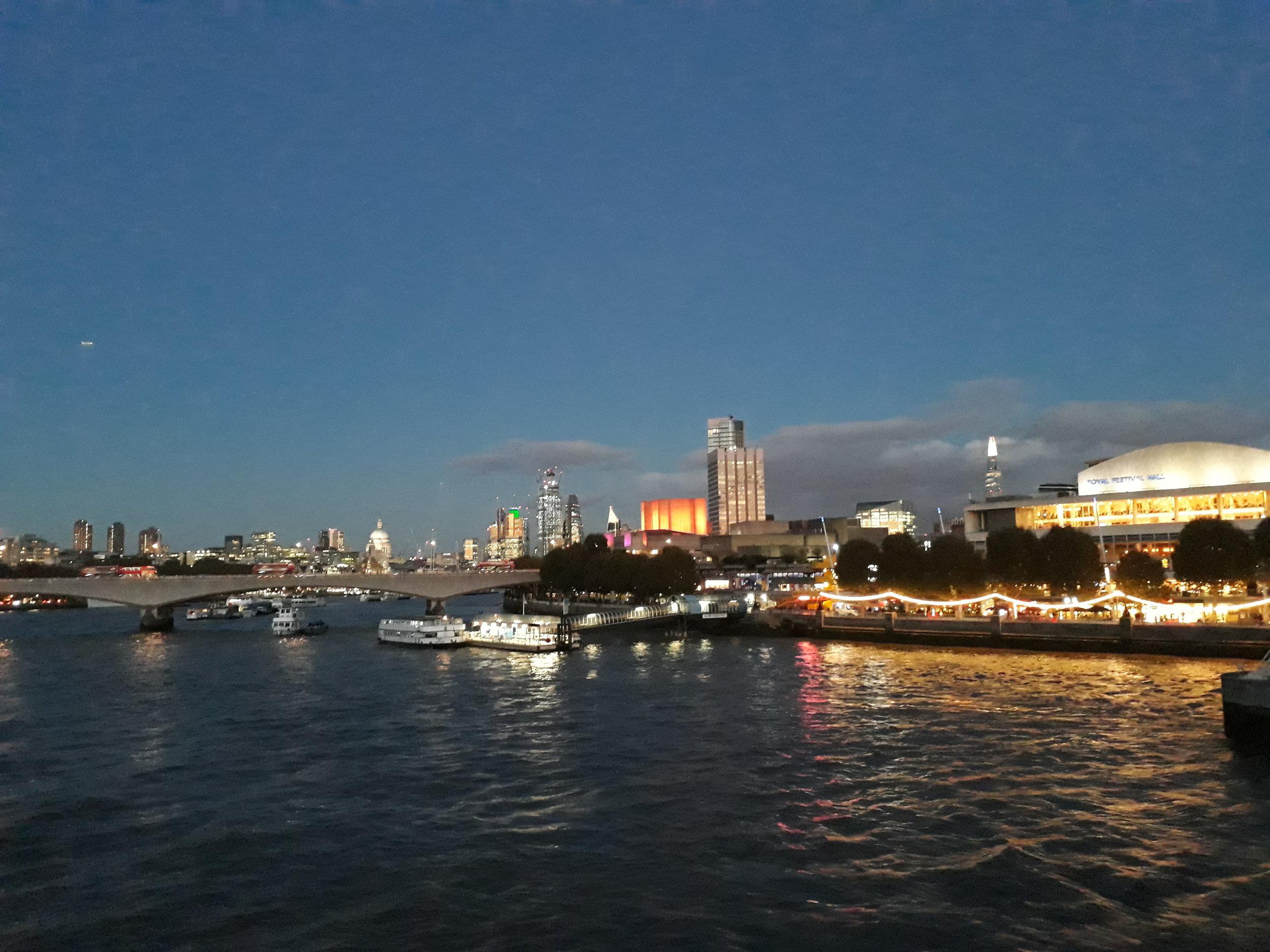 Southbank-London-Evening©South-Island-Art