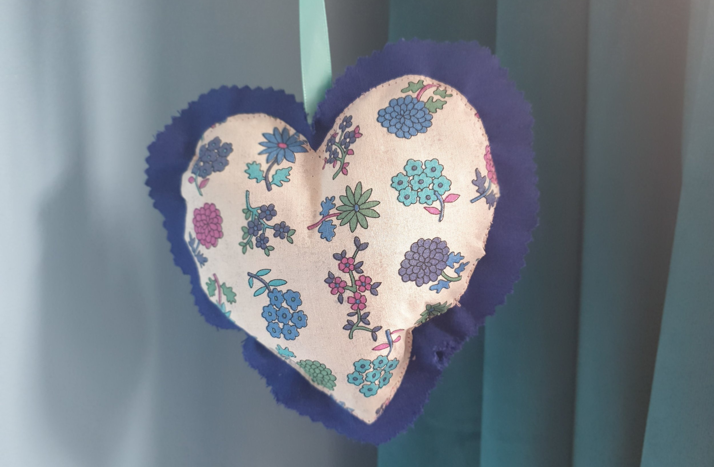 Hanging hearts by  Miss Crafty of London