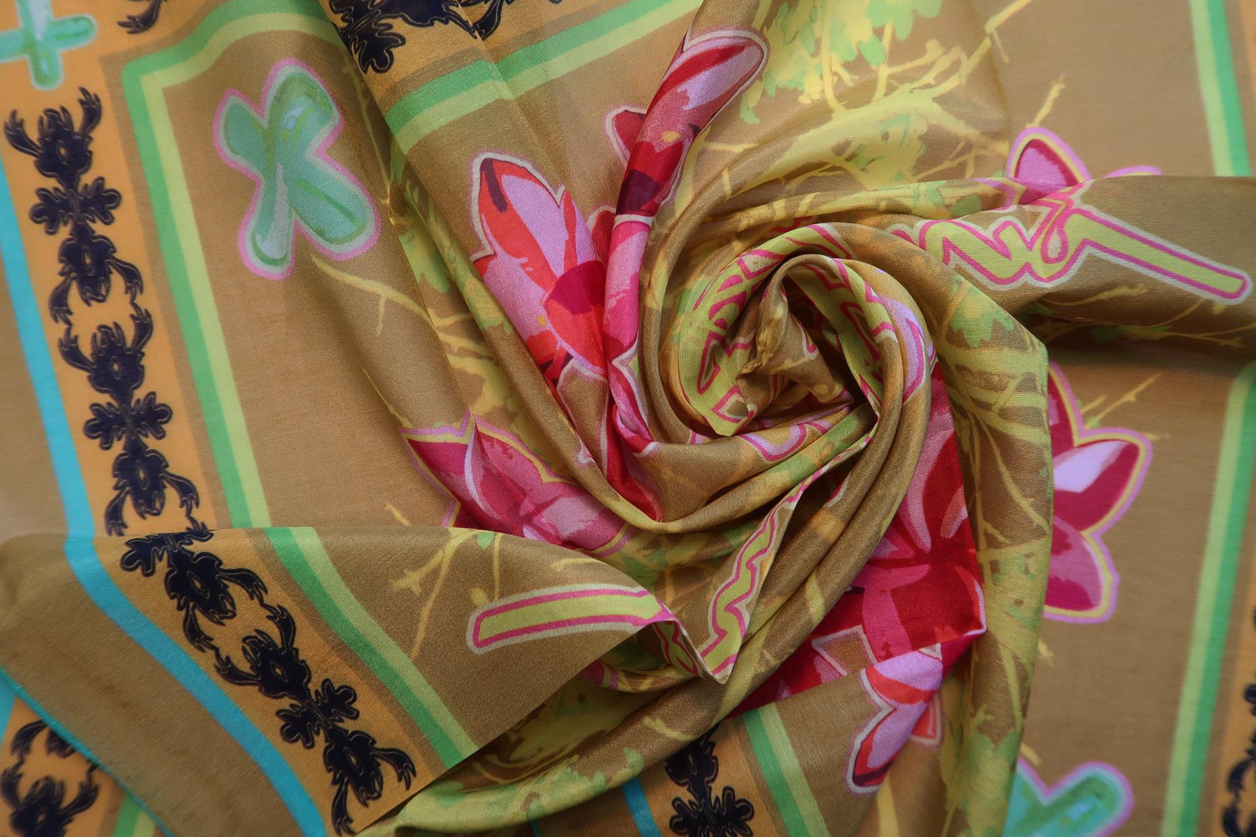 #17.bandana-branch-green-dtl..jpg