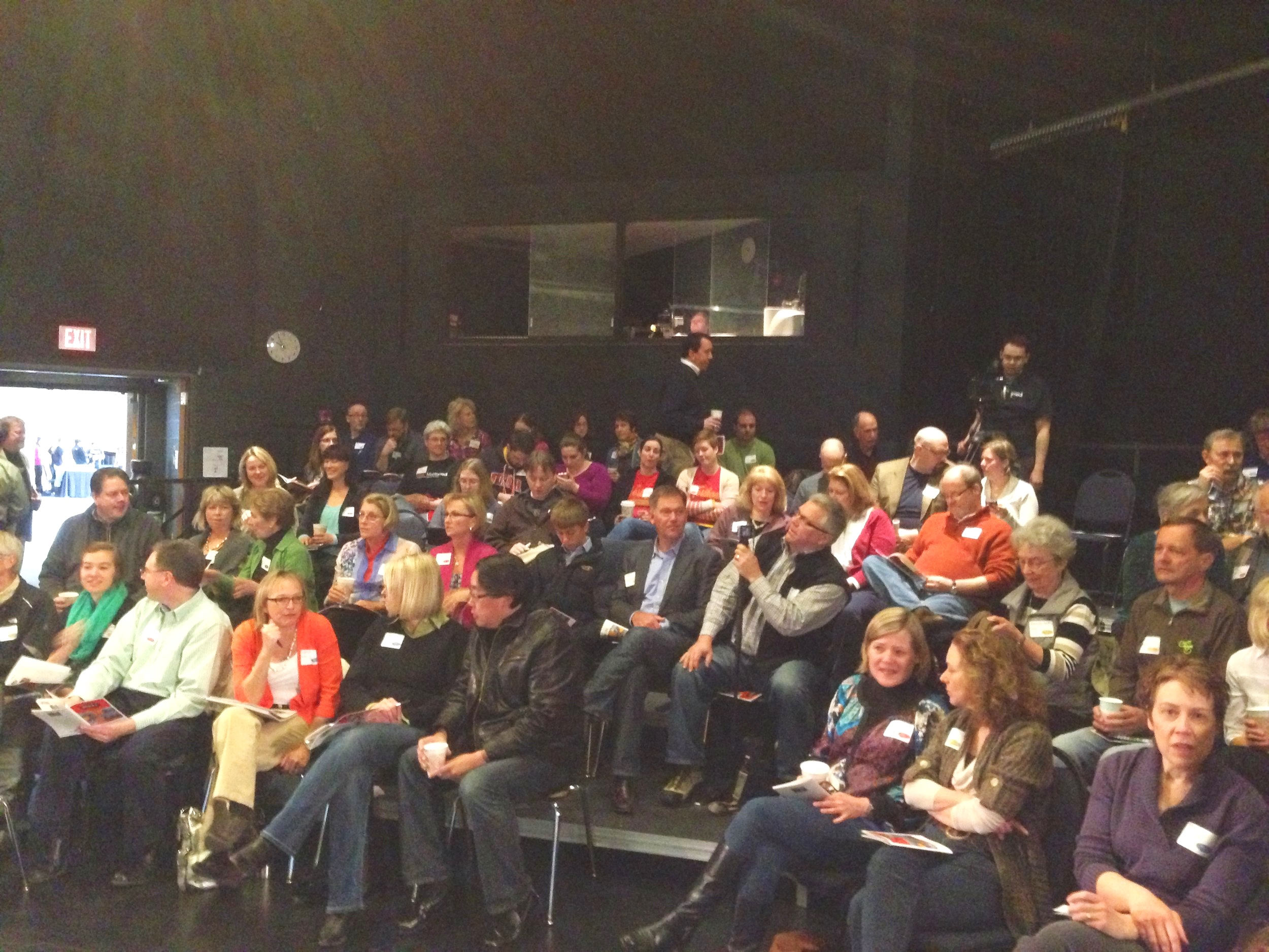The format of TEDxMahtomedi encourages audience engagement and vibrant conversation.