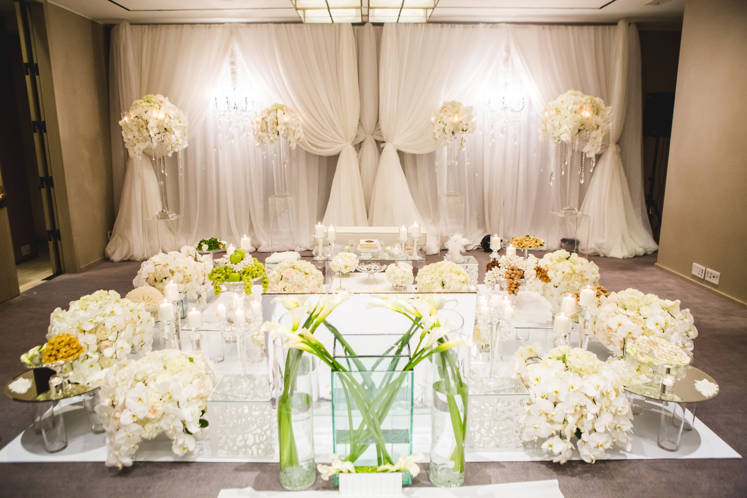 Crystal Sofreh set up in Four Seasons Hotel in Toronto
