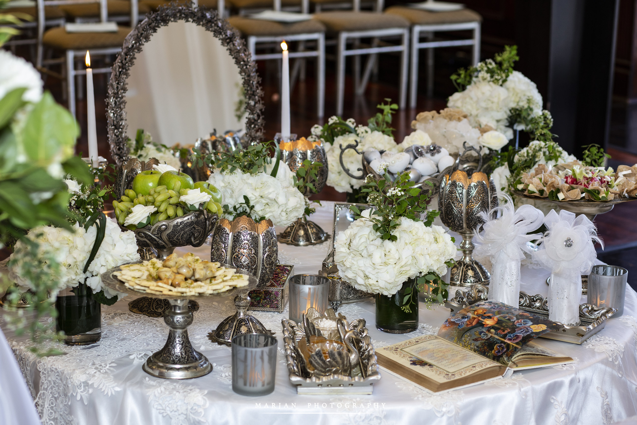 Silver Sofreh-Paradise Banquet Hall