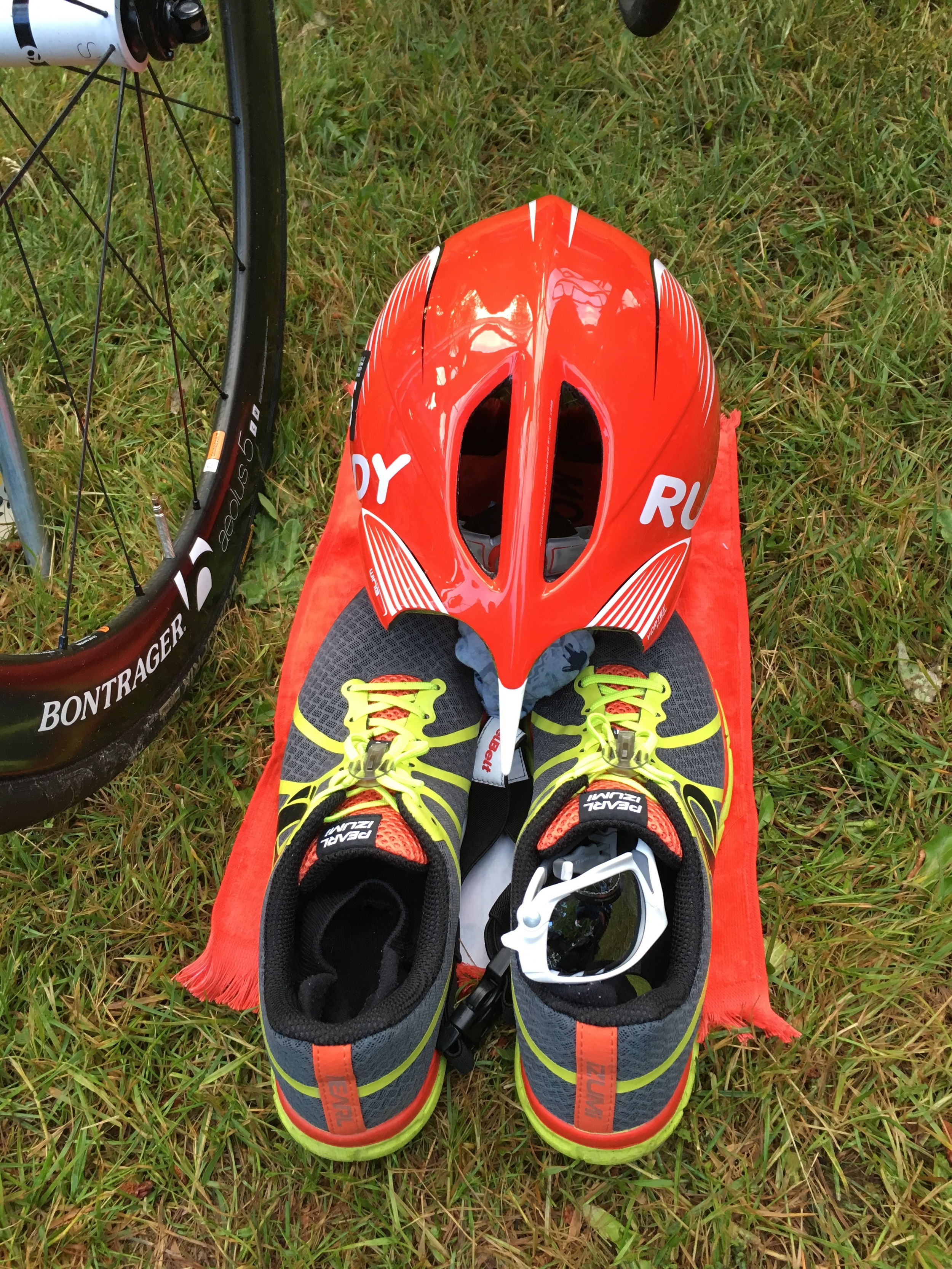 T1: wetsuit off, helmet on and go! T2: helmet off, socks + shoes on, grab race belt + sunnies and go!