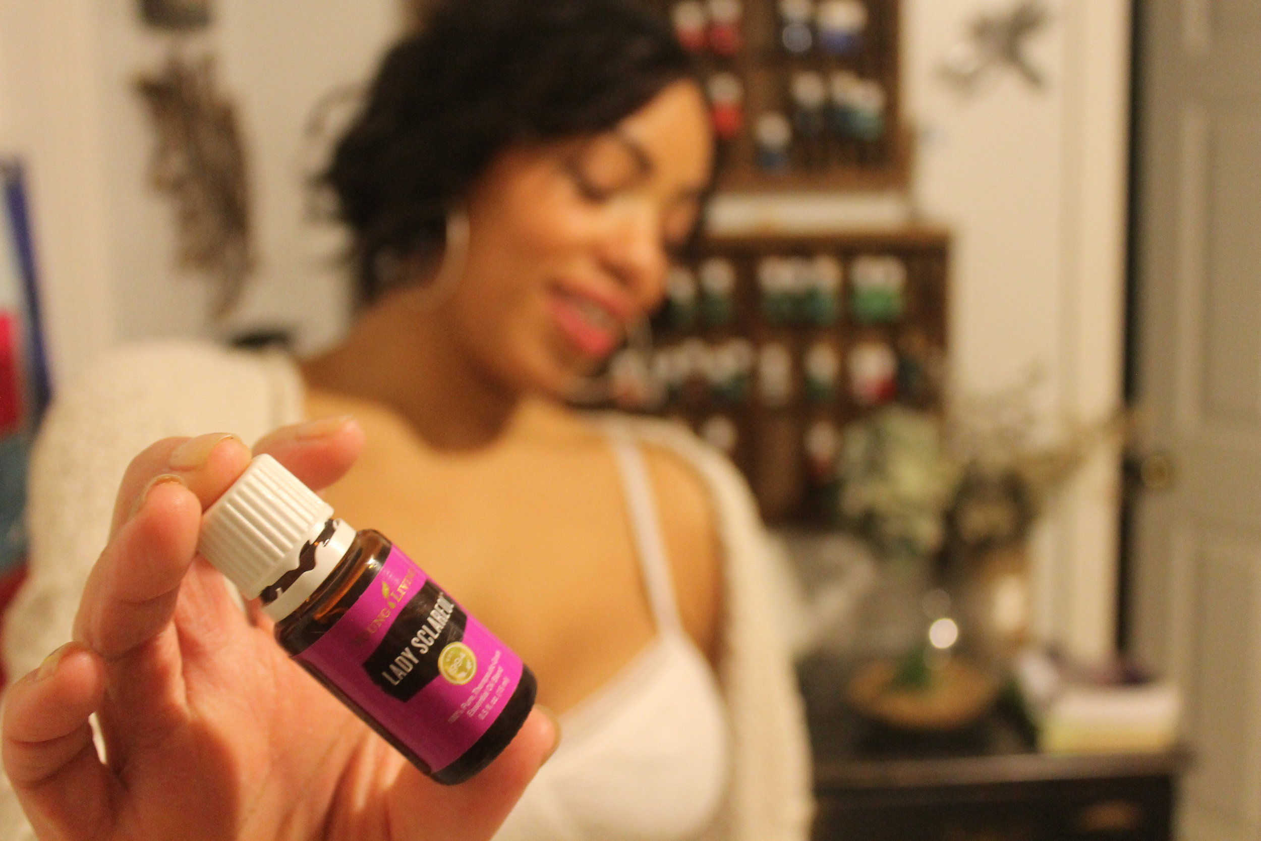 How little drops of - Essential Oil Keep My Family Healthy All Year Long.
