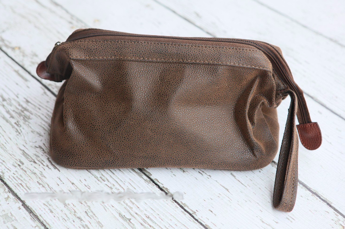 Brown Scotch Grain Classic Dopp Kit $27