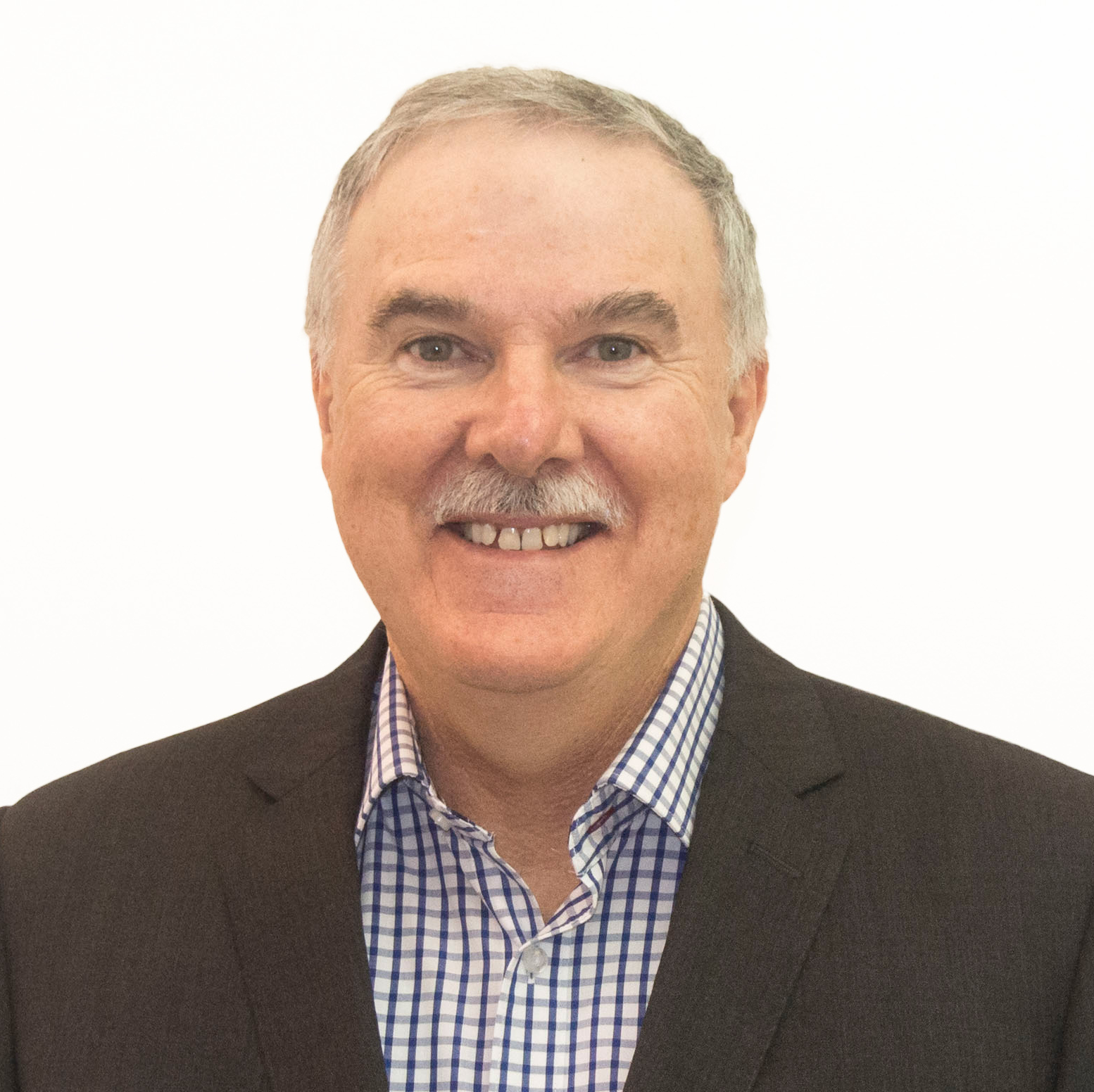 PETER WILSON   As CEO, Peter sees the complex financial world through a wide lens creating opportunities for individuals to prosper and thrive.