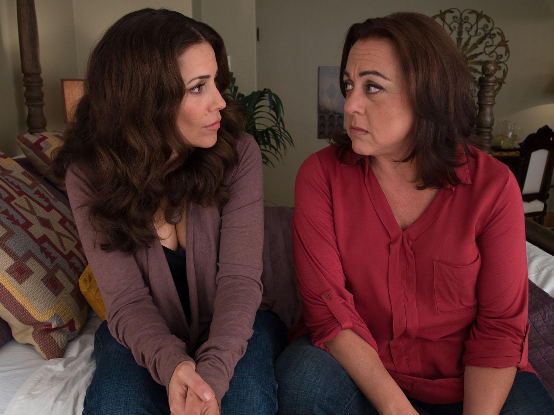 Andrea Grano and Tara Karsian as Sam and Kat