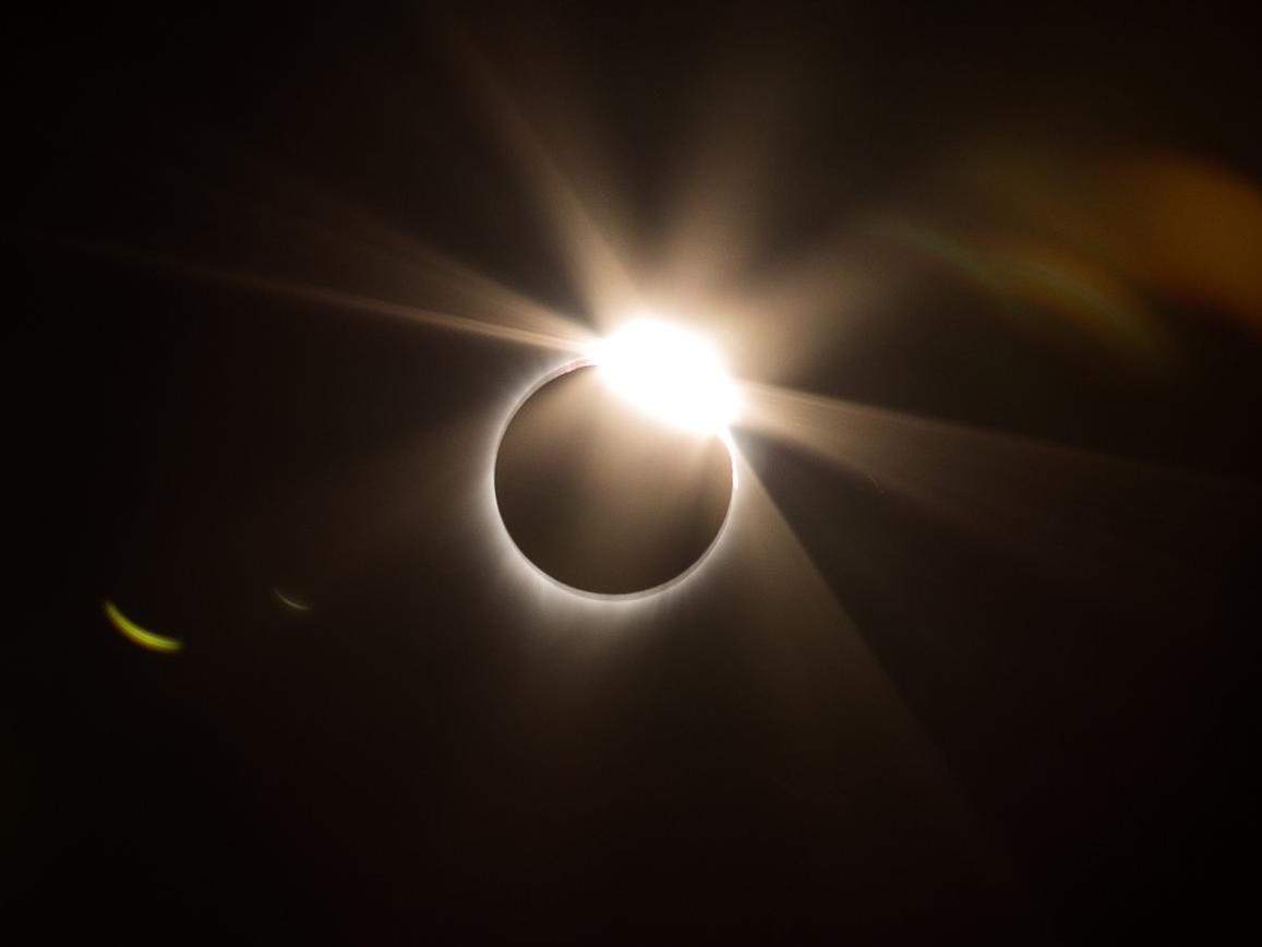 totality-ring-4.jpg