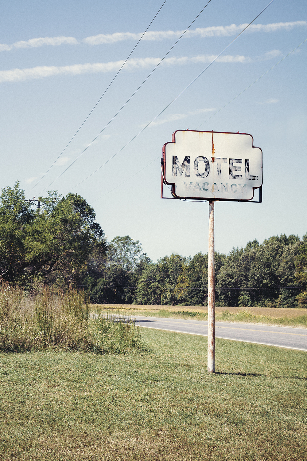 Motel_Sign_0013_crop.jpg
