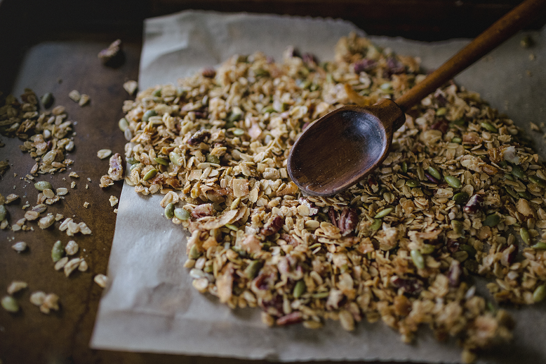 the domestic life, making homemade granola.