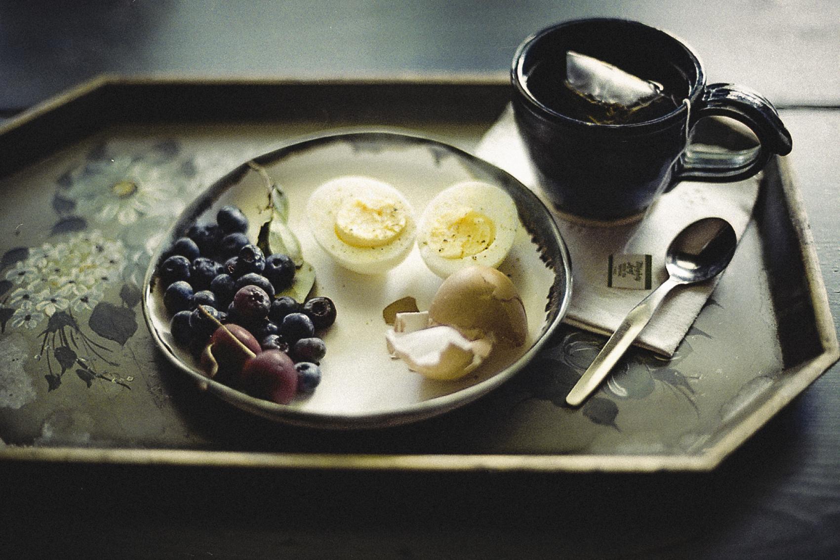 Breakfast_onTray.jpg
