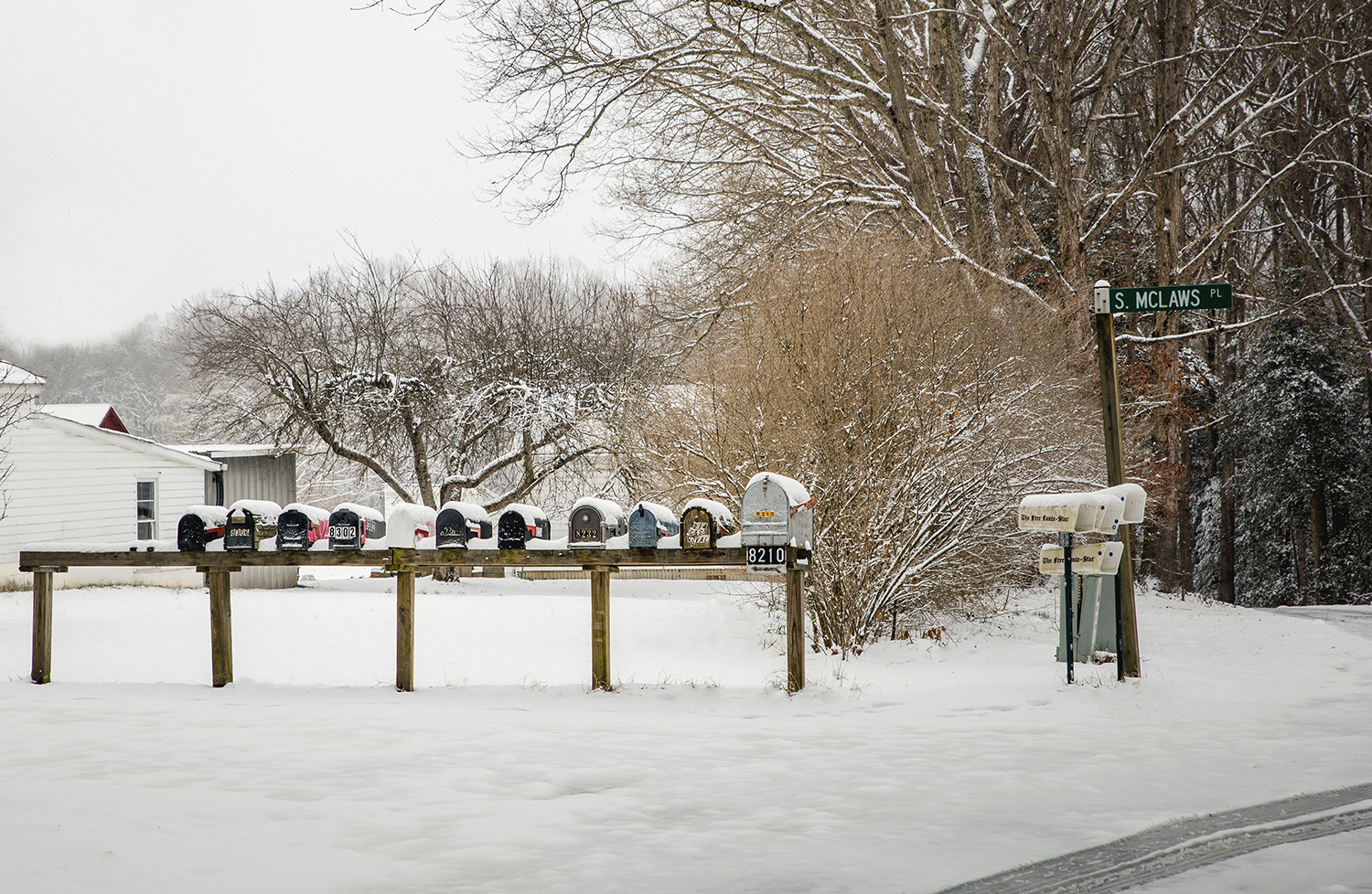 Snow_mailboxes_0001.jpg