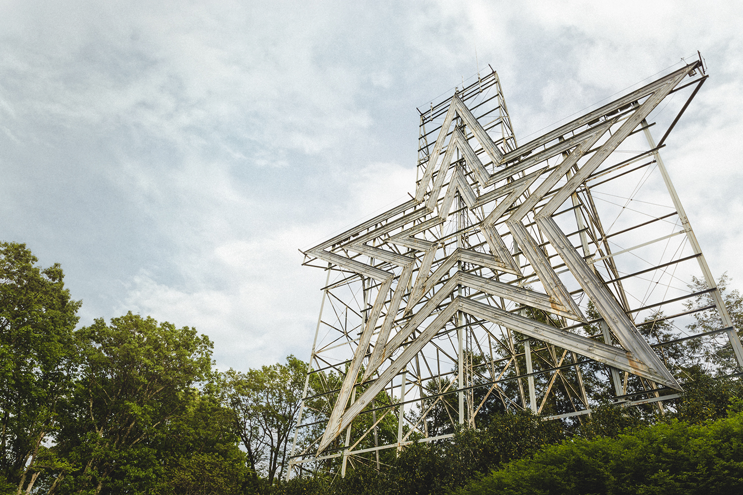 Roanoke Star - World's largest man-made star. Erected in 1949 atop Mill Mountain.