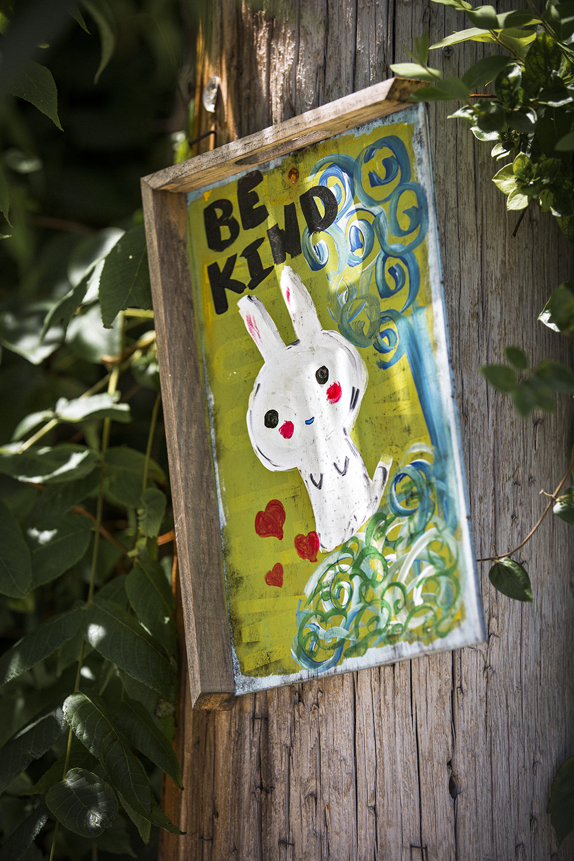BeKind_sign_Rabbit_0001.jpg