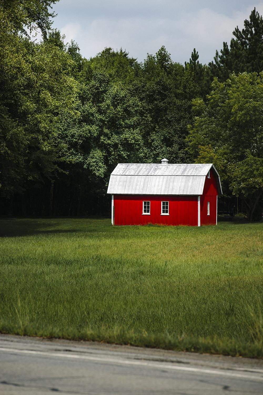 RedBarn_CharlesCounty_Maryland_0001.jpg