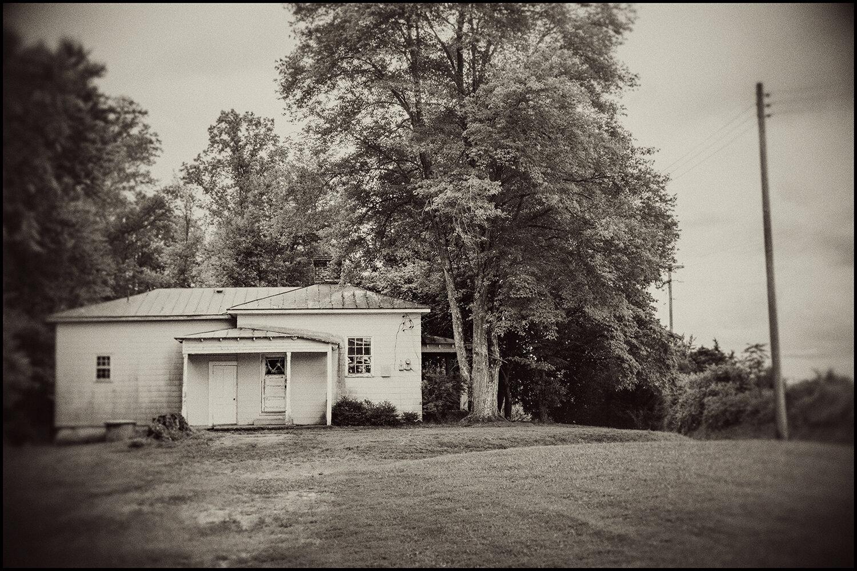 Woodford_Caroline_Roadside_0023_Vintage.jpg