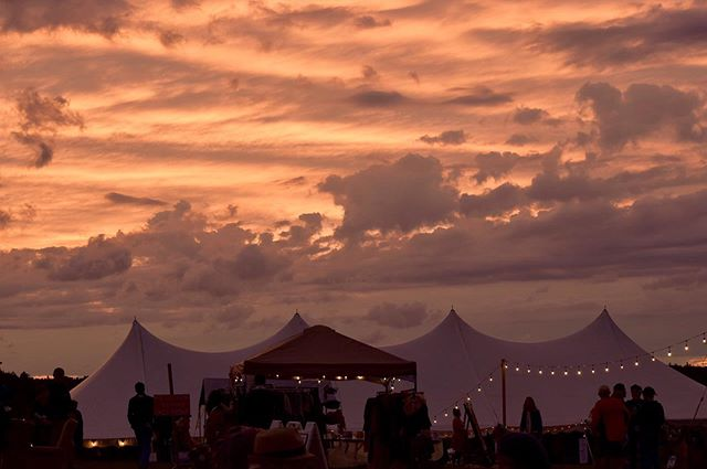 The music, the people, the PLACE. Can't beat the @coolwhisperfarm sky 💖 #swoon #oldtonememories | photo: Beth Duquette