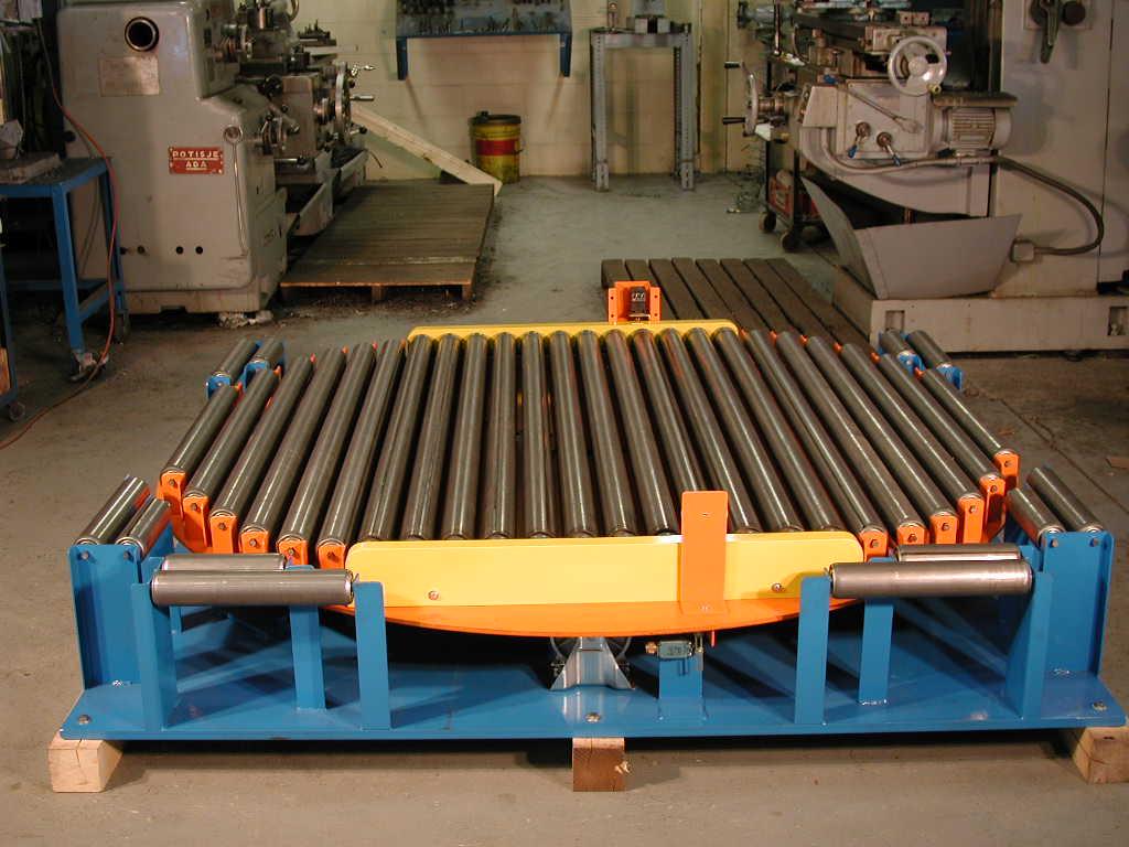 Roller turn table.jpg