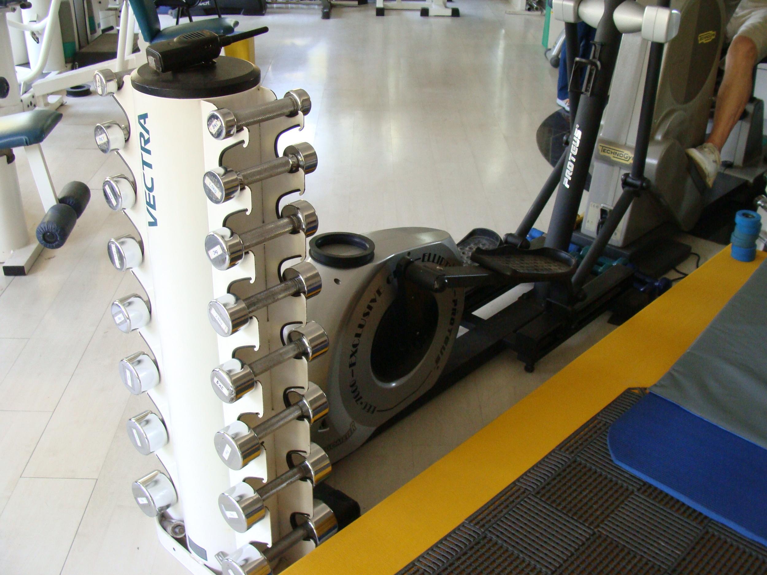 kinesiologia - clinica de ejercicio - equipamiento.JPG