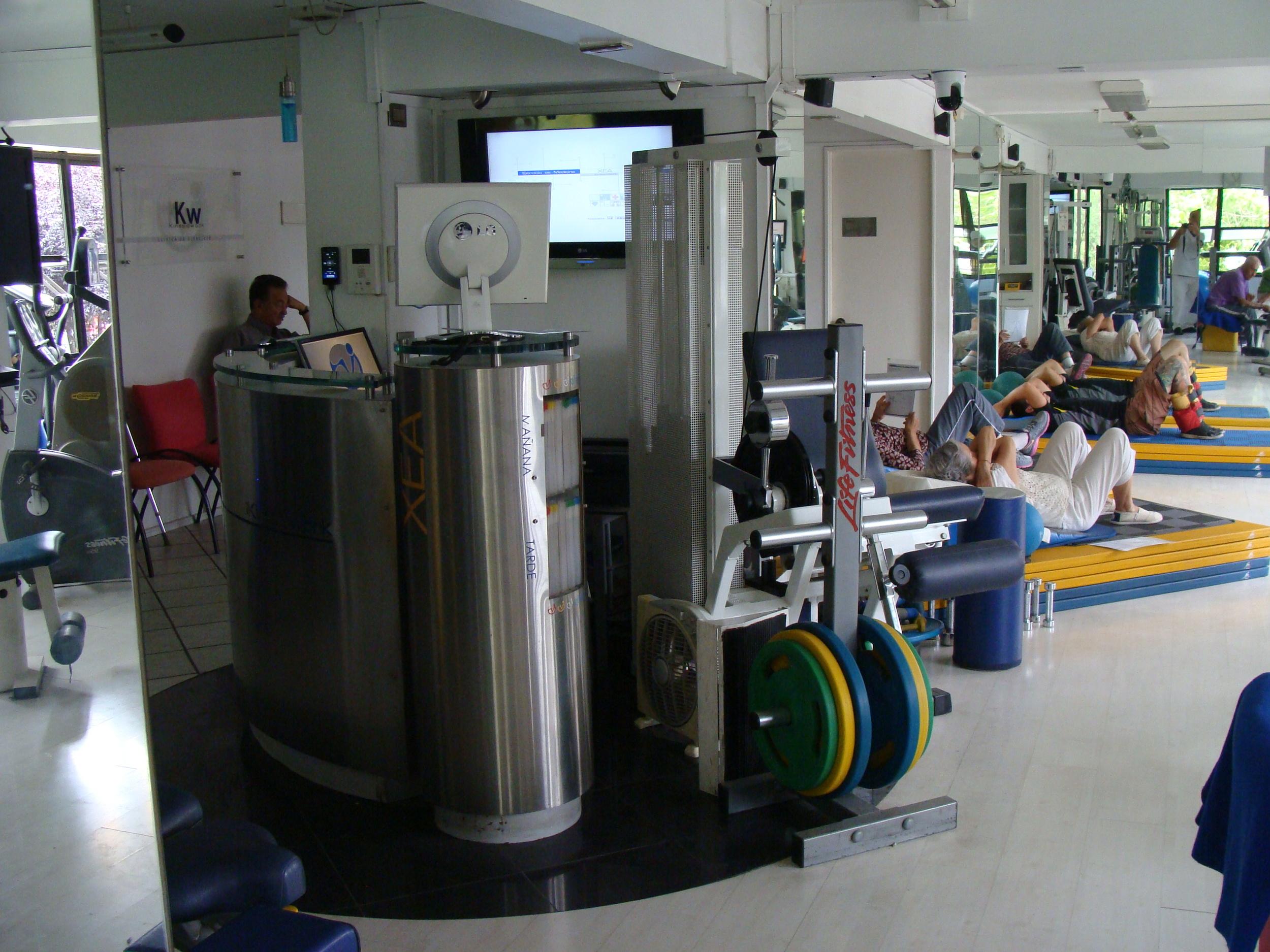 kinesiologia - kinesiologos - pacientes - clinica de ejercicio.JPG