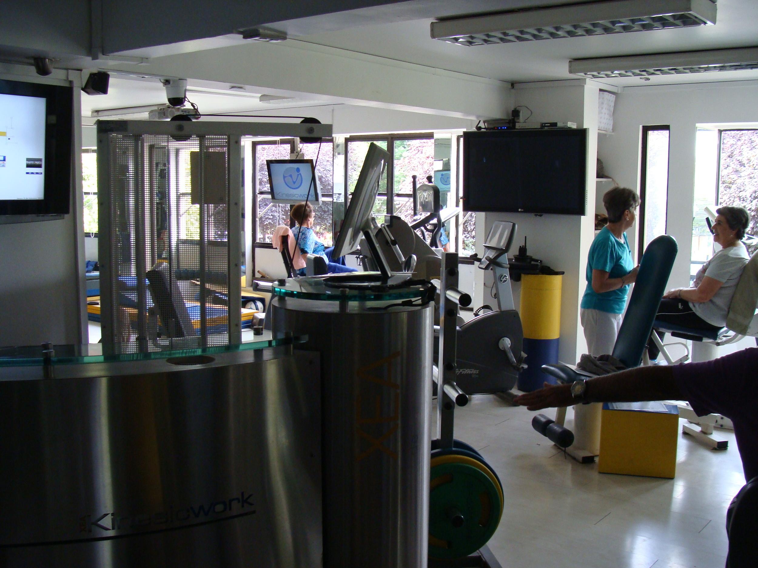 kinesiologia en clinica de ejercicio kw.JPG