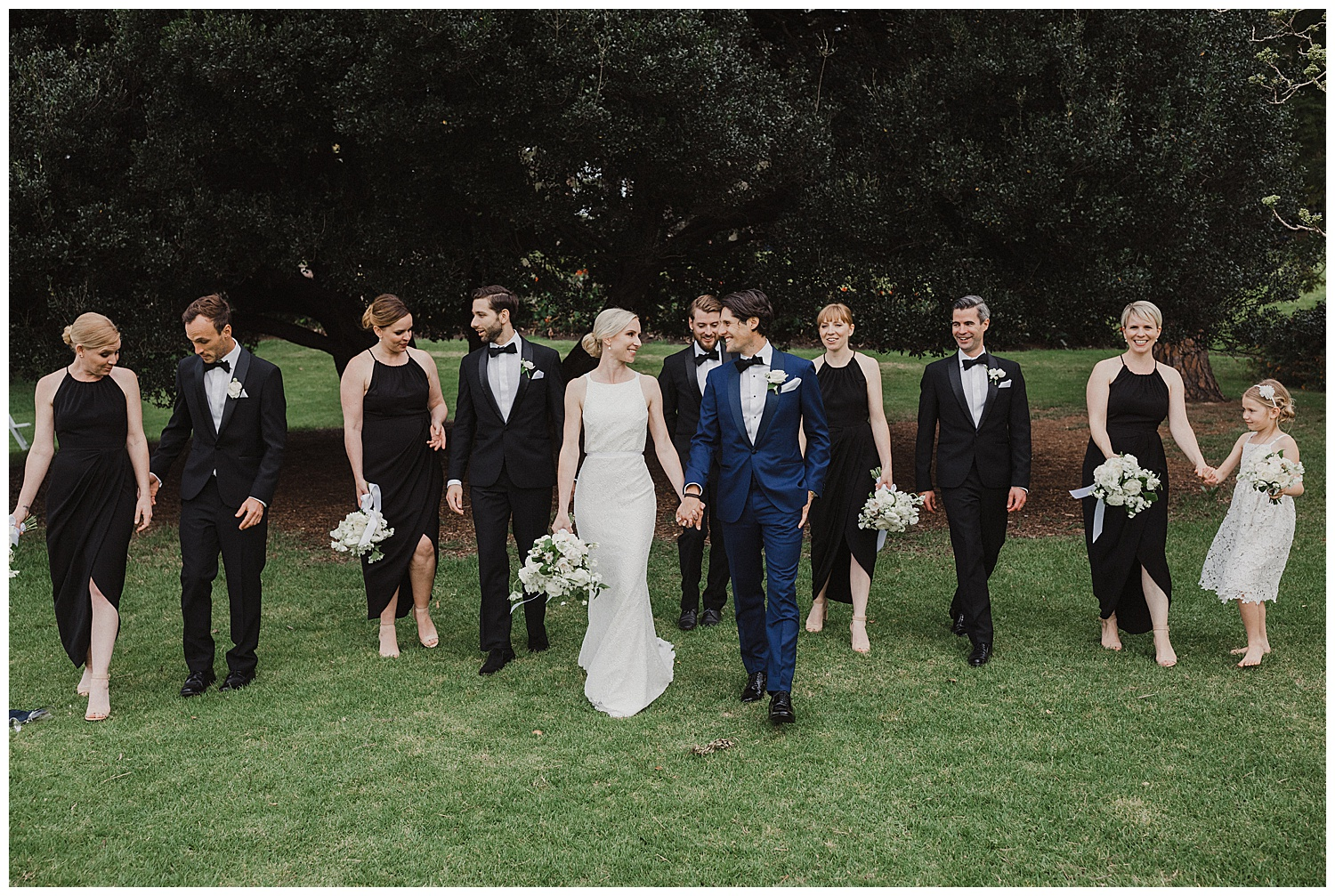 Sydney Bridal Party a the Royal Botanic Gardens during their wedding photoshoot