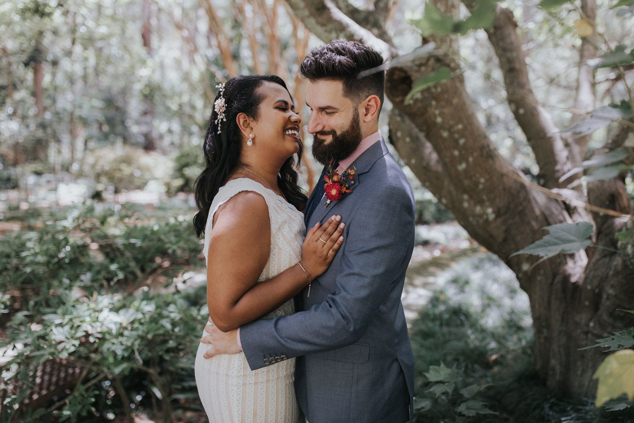 """Russell is brilliant! He made us feel at ease right from the word go and he felt like another friend attending our wedding. "" - RICHARD + SUHINI - SYDNEY, Au"
