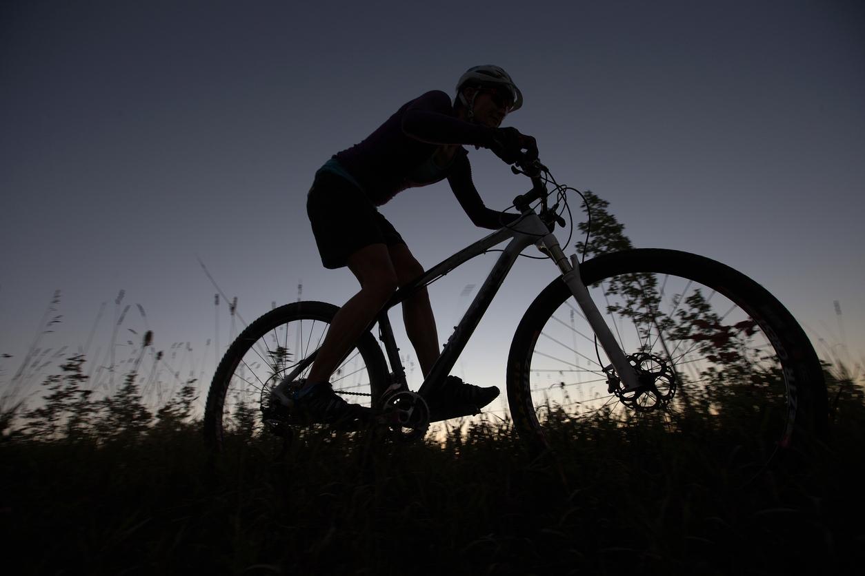 she-went-wild-womens-mountain-biking