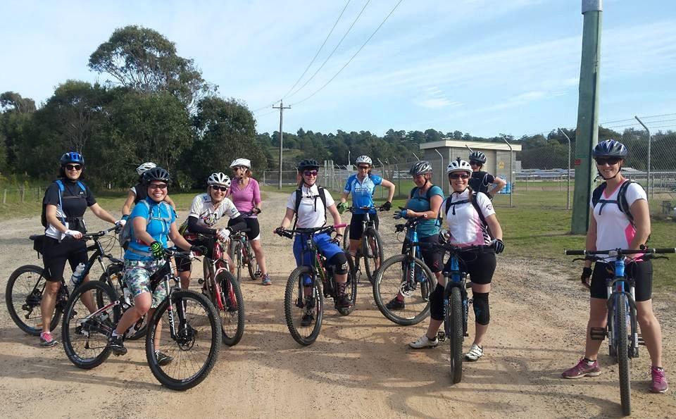 she-went-wild-women-mountain-biking