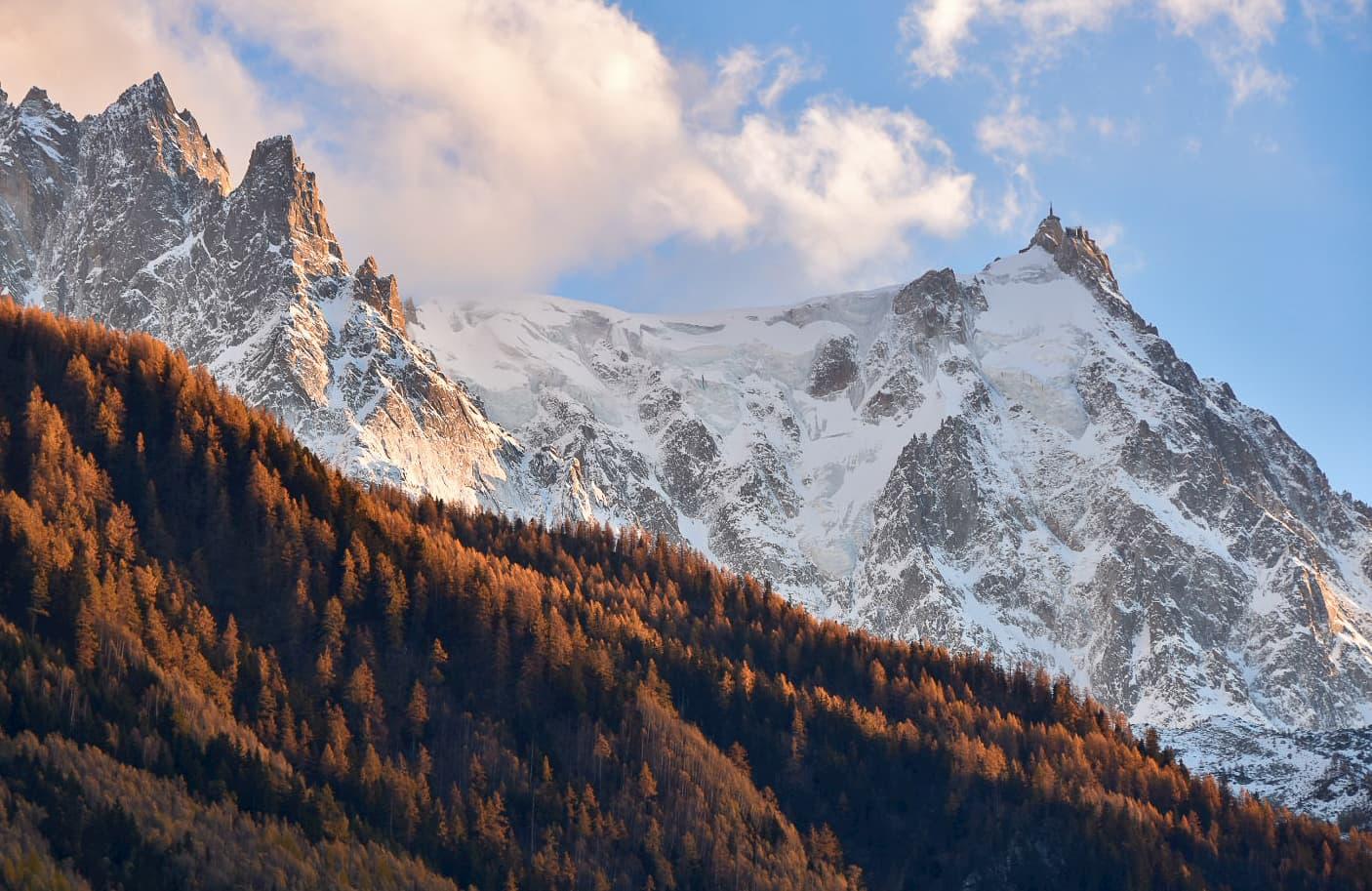 Aiguille du Midi on the right