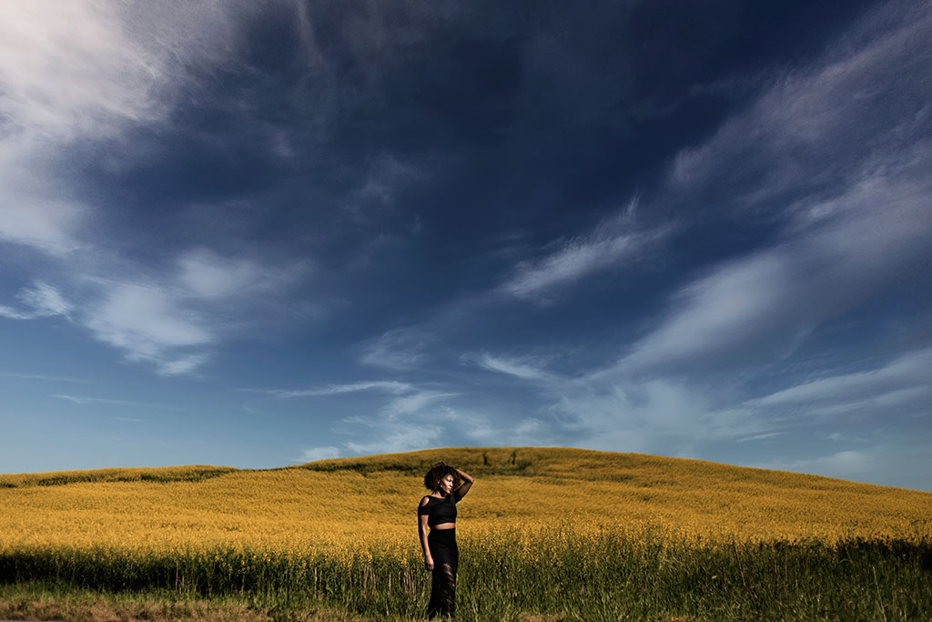 Atlanta North Georgia Creative Lifestyle Session In Yellow Field by Chanel G Photography