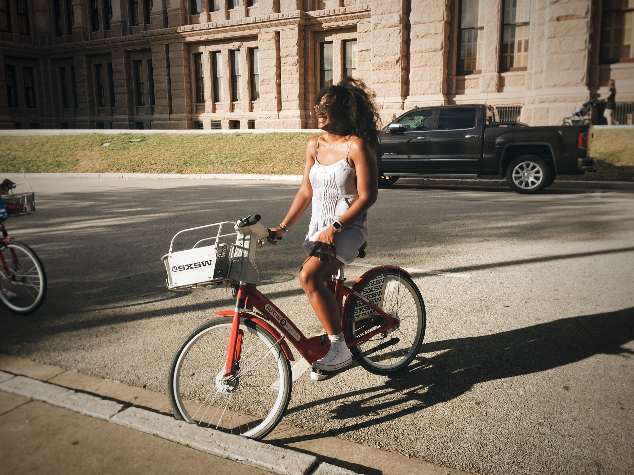 Things_to_do_in_Austin_bike_riding_by_travel_photographer_Chanel_G_Photography