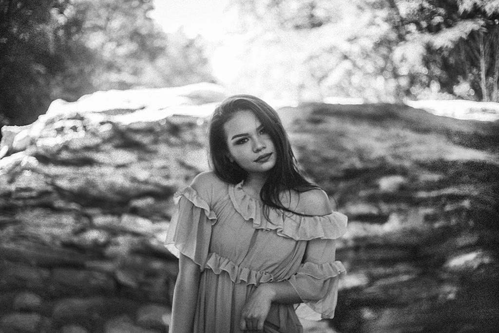 Kari-Twyman-Photoshoot-at-Sope-Creek-in-Marietta-Georgia-by-Atlanta-photographer-Chanel-French-28.jpg