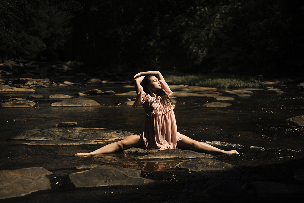 Take-me-to-the-river-concept-photoshoot-at-Marietta-Sope-Creek-by-Atlanta-photographer-Chanel-French-8