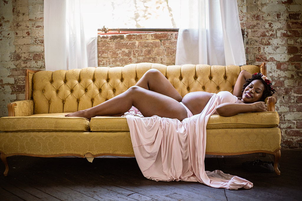 Intimate-boudoir-indoor-maternity-session-at-Atlanta-Goat-Farm-by-Atlanta-photographer-Chanel-French-33.jpg