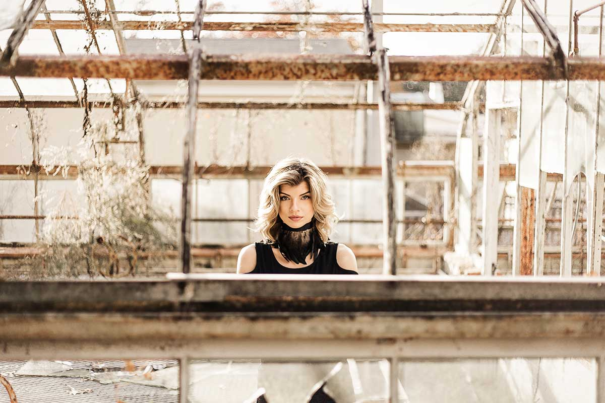 Blonde-model-Jenna-Schulz-in-abandoned-greenhouse-by-Atlanta-photographer-Chanel-French.jpg