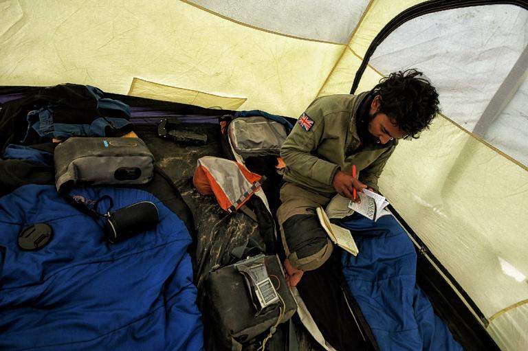 tent-01.jpeg