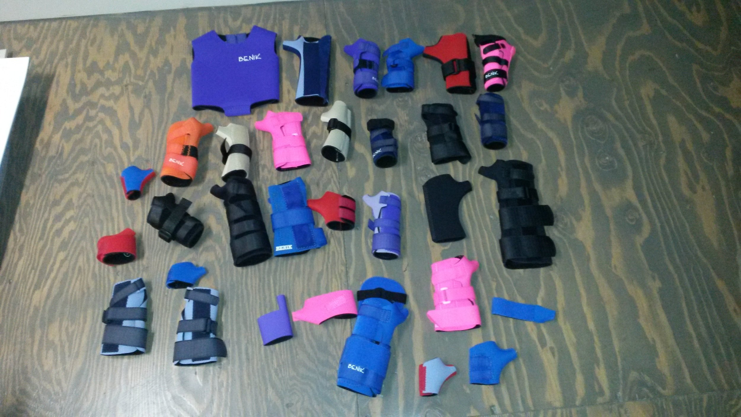 Donated wrist and hand braces from Benik