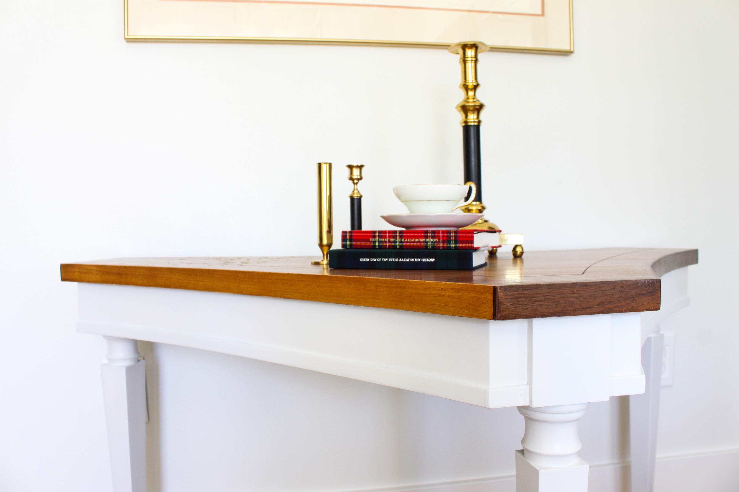 wood white table profile.jpg