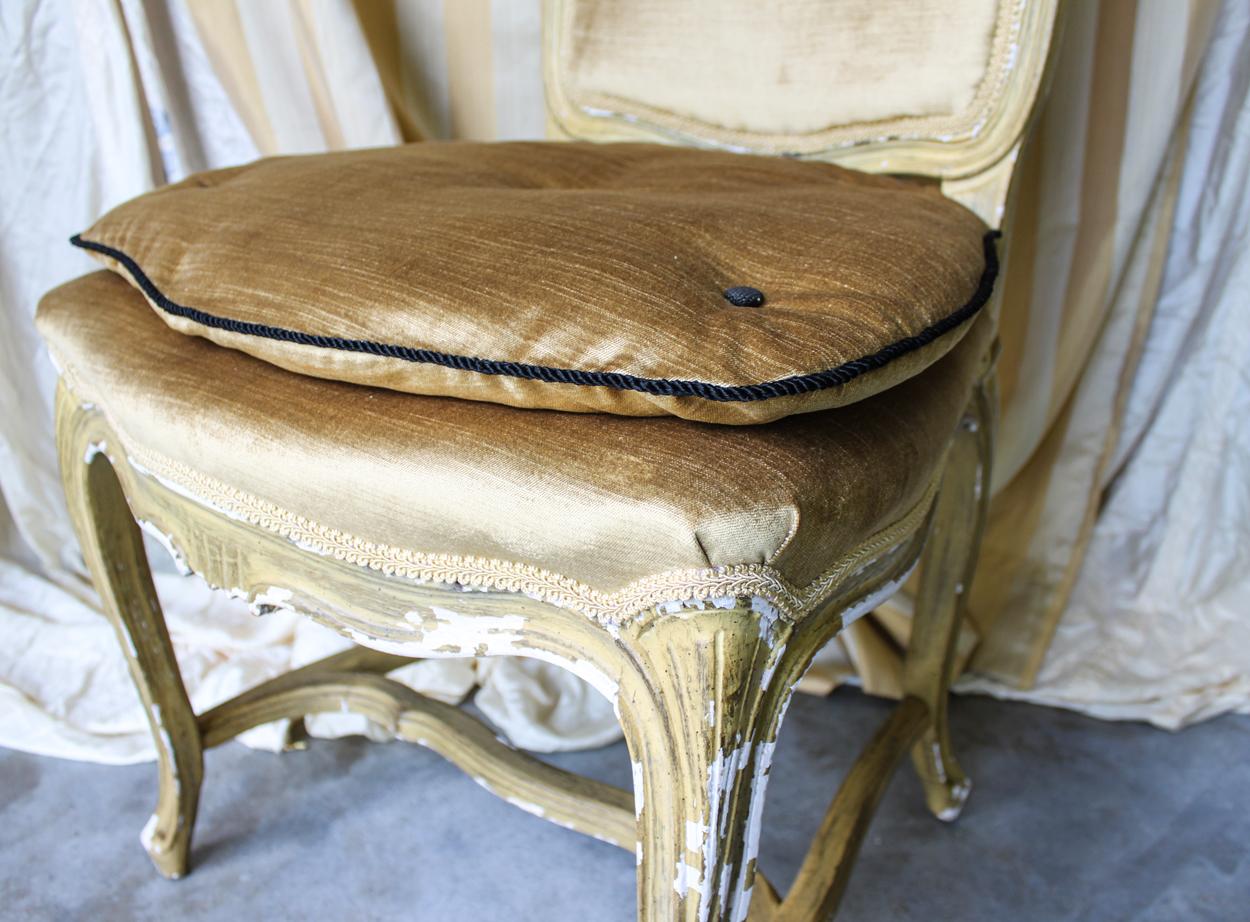 gold chair detail 4.jpg