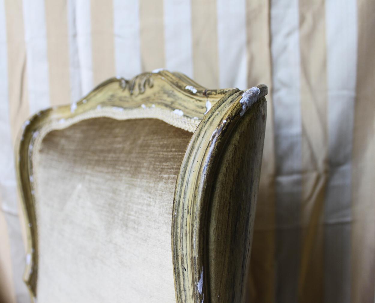 gold chair detail 3.jpg