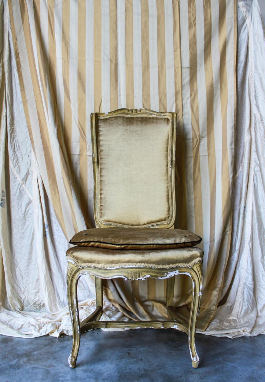 gold chair straight.jpg