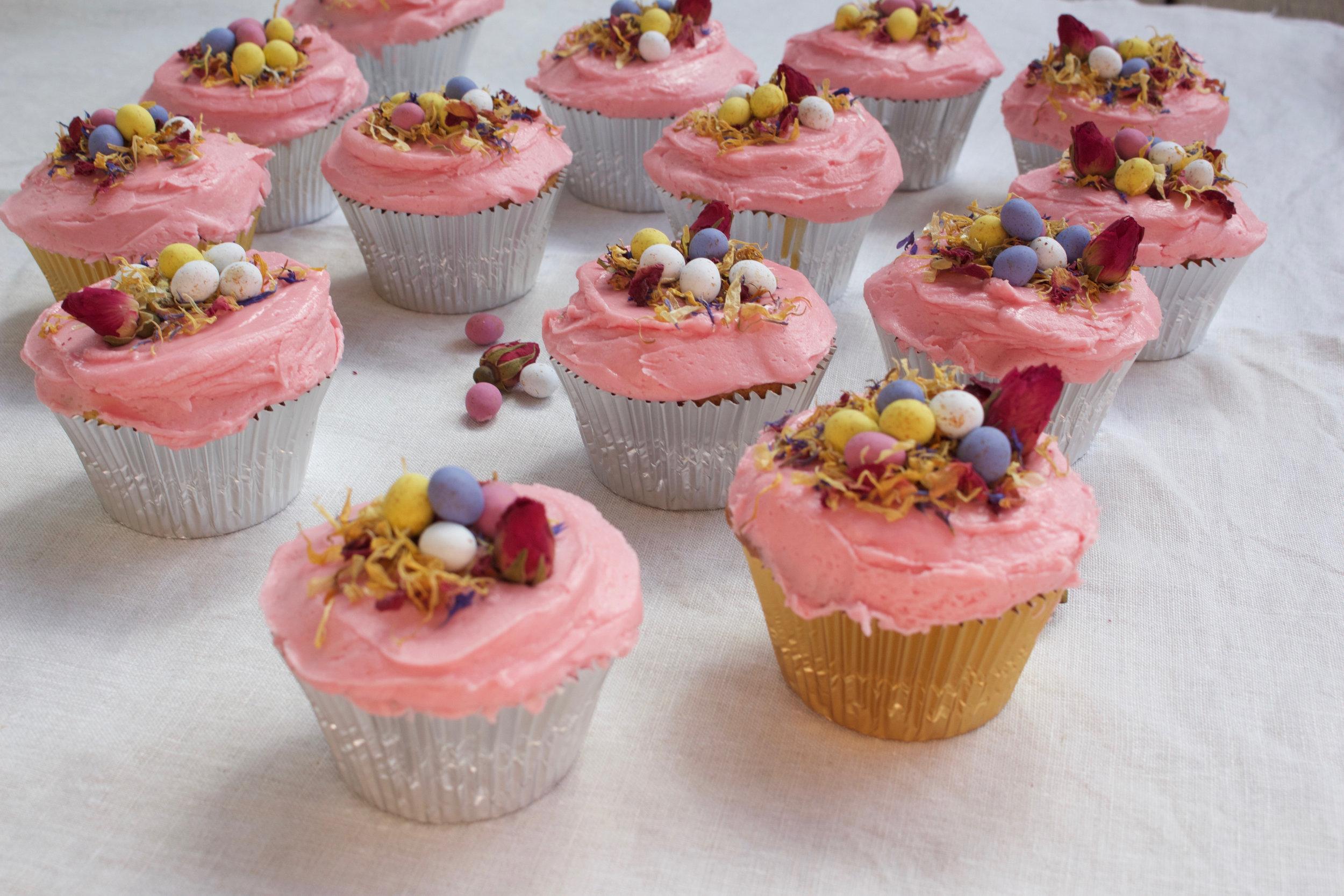 < vanilla & rose easter nest cupcakes >