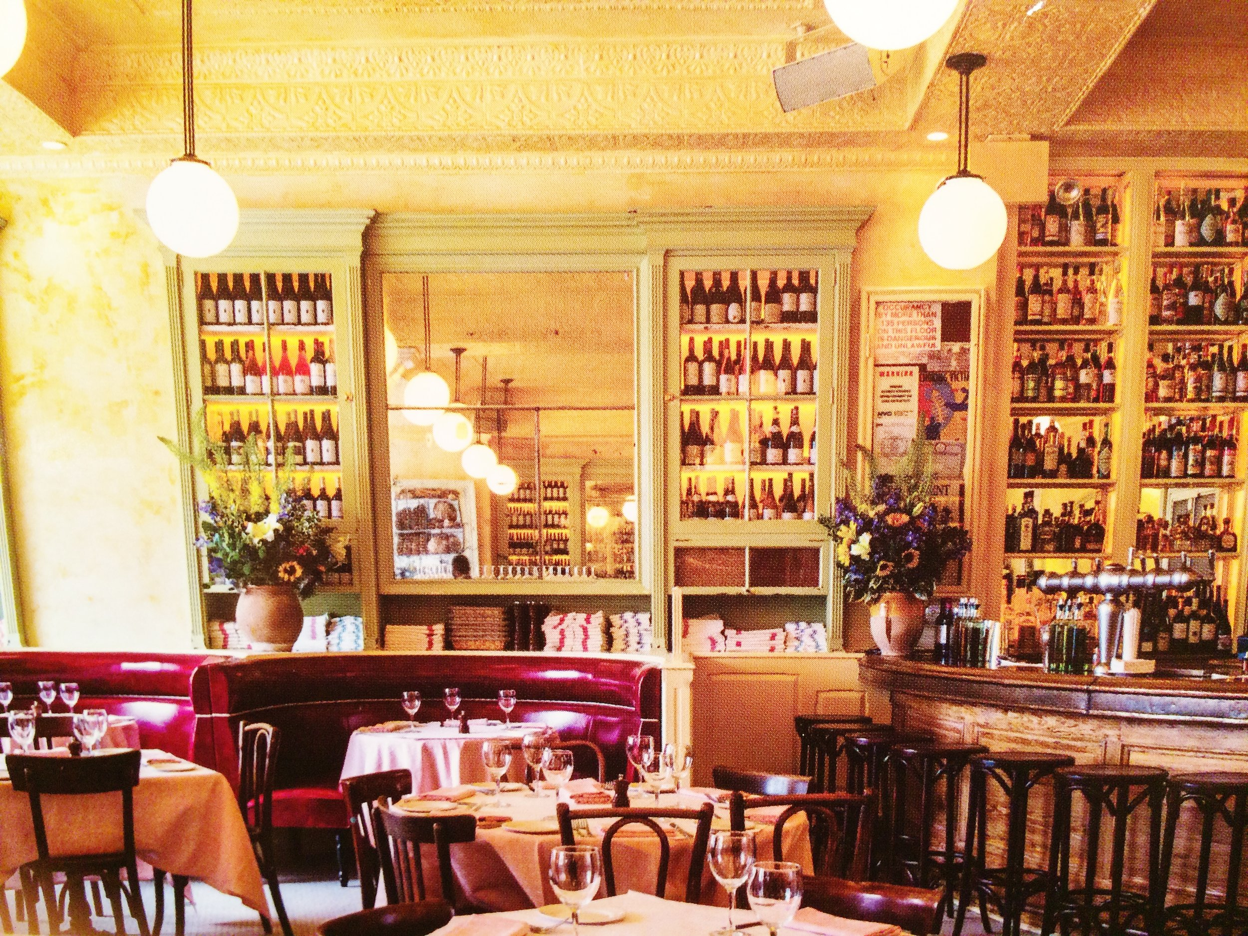 with Minutes to go before the crowd arrives....at Cherche Midi on the LES
