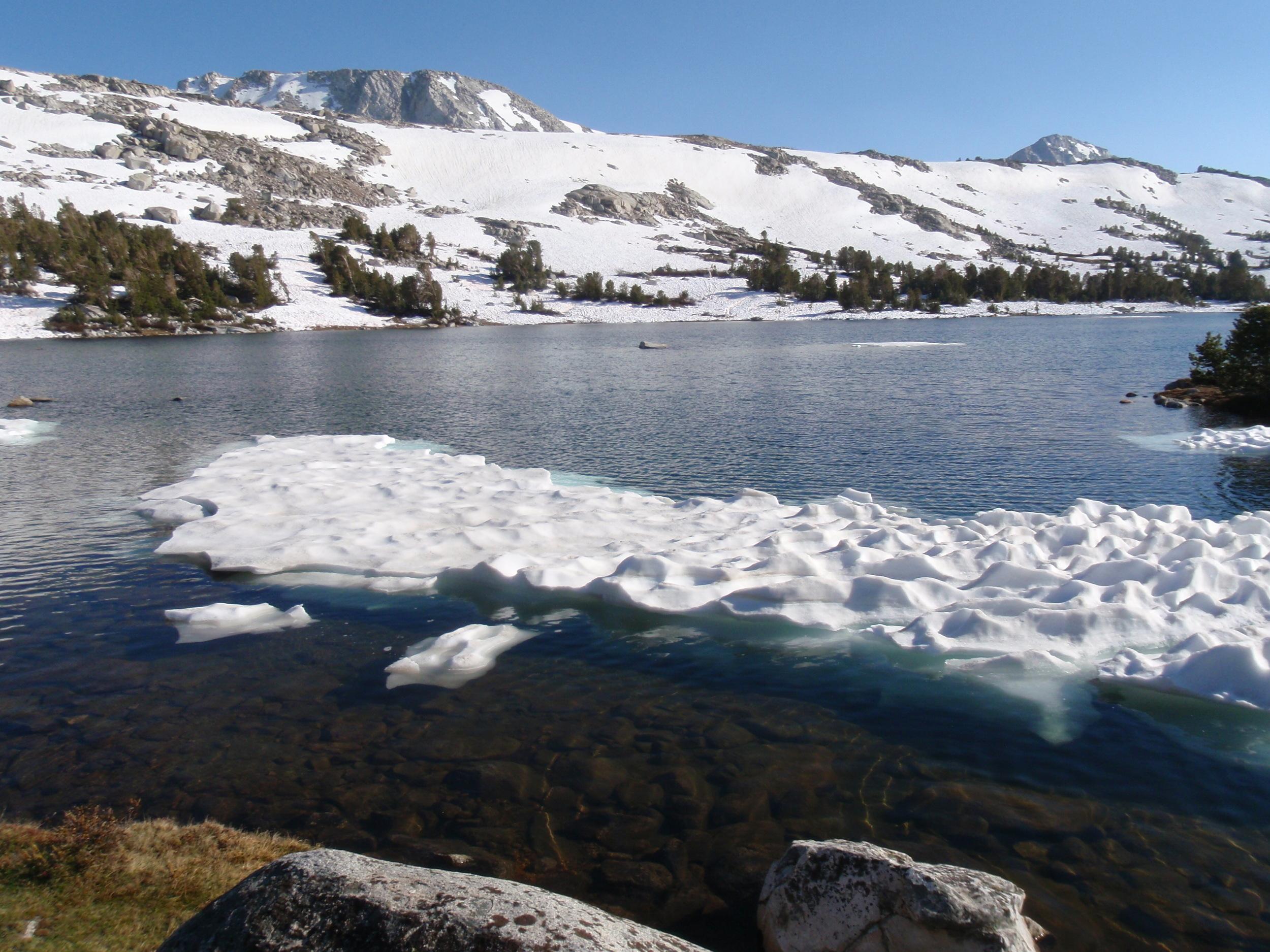 Iceberg in Elba Lake